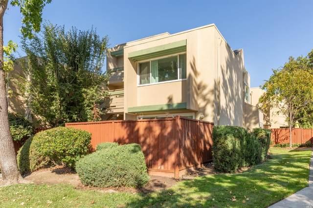2976 Yulupa Avenue, Santa Rosa, CA 95405 (#22025531) :: RE/MAX GOLD