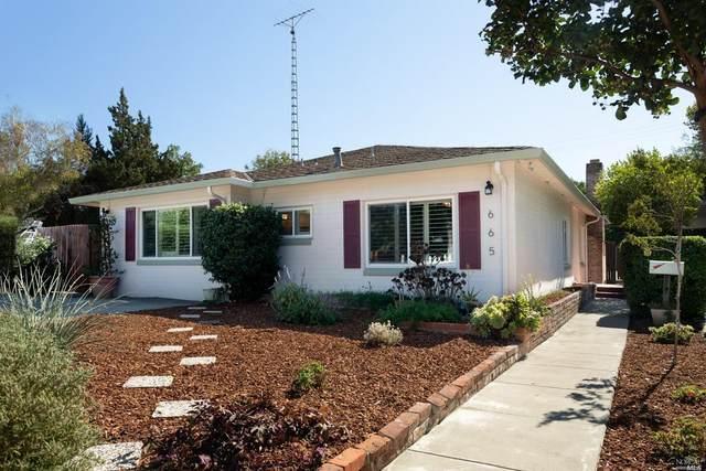 665 W B Street, Dixon, CA 95620 (#22025905) :: Rapisarda Real Estate
