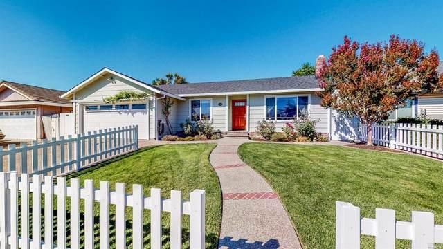 1709 Caulfield Lane, Petaluma, CA 94954 (#22025947) :: HomShip