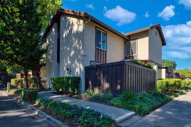 313 Creekview Court, Vacaville, CA 95688 (#22026049) :: Jimmy Castro Real Estate Group