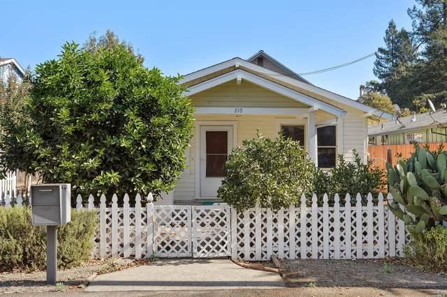 212 Decoe Street, Santa Rosa, CA 95401 (#22026090) :: Corcoran Global Living