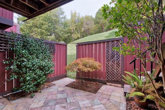 26 Deuce Court, Fairfax, CA 94930 (#22027168) :: Lisa Perotti | Corcoran Global Living