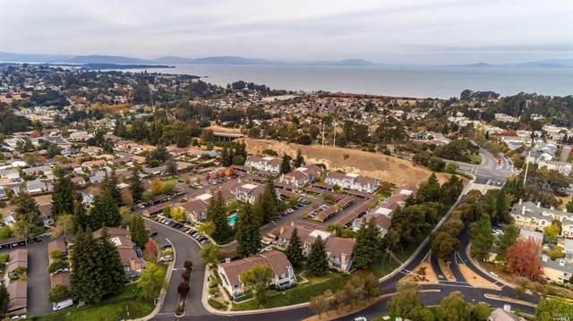 8 Glenwood, Hercules, CA 94547 (#22027652) :: Hiraeth Homes