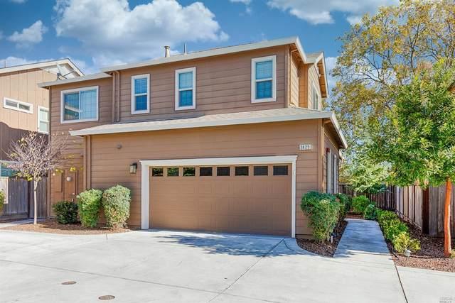 2425 San Miguel Avenue, Santa Rosa, CA 95403 (#22028238) :: Lisa Perotti | Corcoran Global Living
