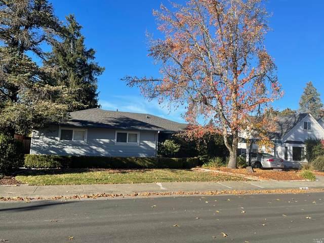 817 Josephine Lane, Healdsburg, CA 95448 (#22029312) :: Rapisarda Real Estate