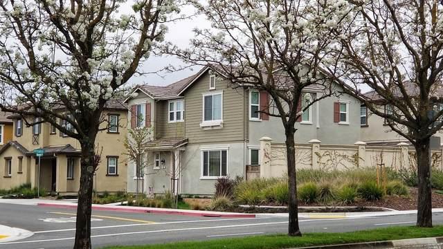 301-301 Birmingham Court, Fairfield, CA 94534 (#22030585) :: Rapisarda Real Estate