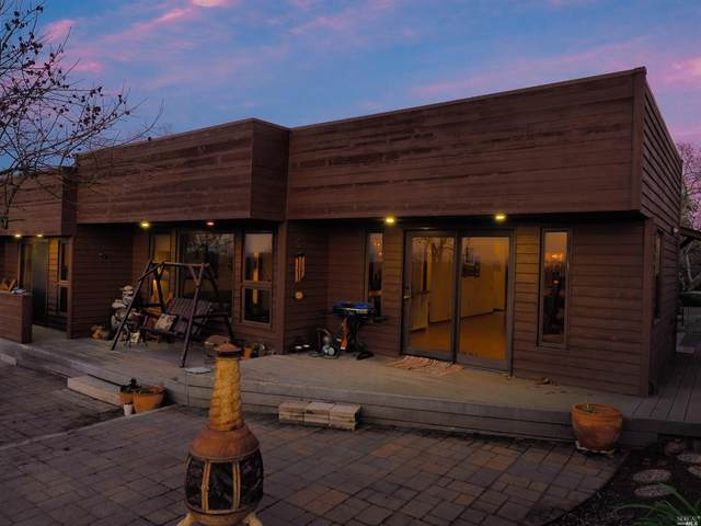 1616 Deer Run, Santa Rosa, CA 95405 (#22031244) :: Rapisarda Real Estate