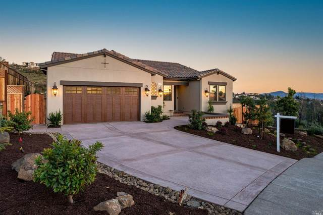 3760 Crown Hill Drive, Santa Rosa, CA 95404 (#22031421) :: Corcoran Global Living