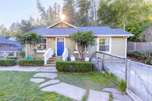 417 College Avenue, Angwin, CA 94508 (#22031532) :: HomShip