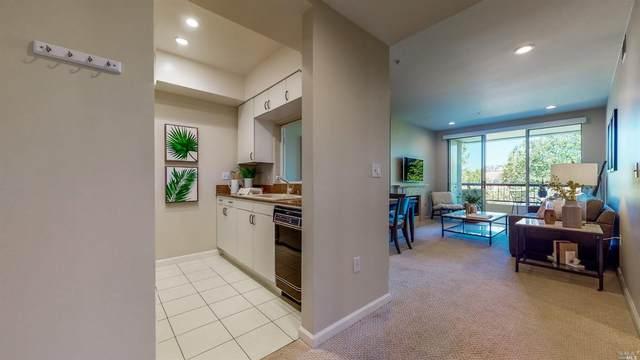 300 Deer Valley Road 2R, San Rafael, CA 94903 (#22013902) :: The Abramowicz Group