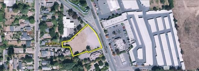 778 Gravenstein Avenue, Sebastopol, CA 95472 (#22024715) :: Golden Gate Sotheby's International Realty