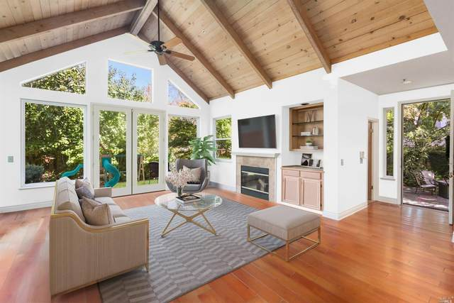 2 Crystal Creek Court, Larkspur, CA 94939 (#22025953) :: Golden Gate Sotheby's International Realty