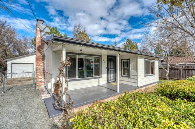 350 10th Street, Lakeport, CA 95453 (#22031577) :: Golden Gate Sotheby's International Realty
