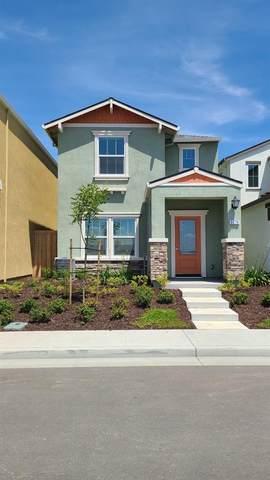 4066 Prosser Street, West Sacramento, CA 95691 (#221001515) :: RE/MAX GOLD