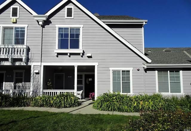 15 Kelly Drive, Novato, CA 94949 (#321002097) :: Corcoran Global Living