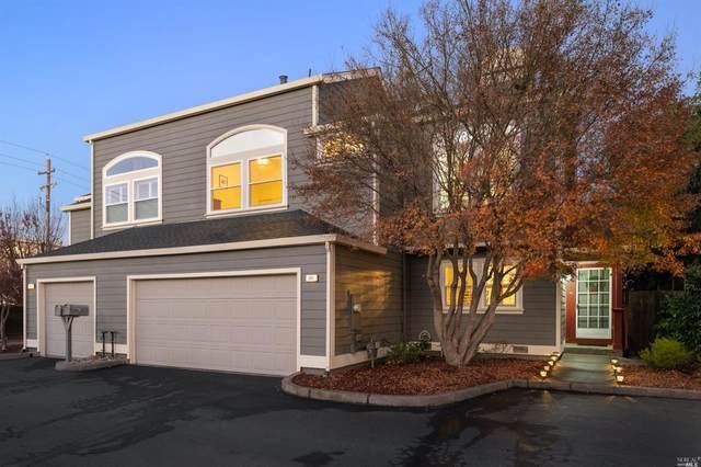 982 Raccoon Lane, Santa Rosa, CA 95401 (#321002463) :: Corcoran Global Living