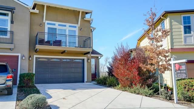 526 Jade Street, Petaluma, CA 94952 (#321005727) :: RE/MAX Accord (DRE# 01491373)
