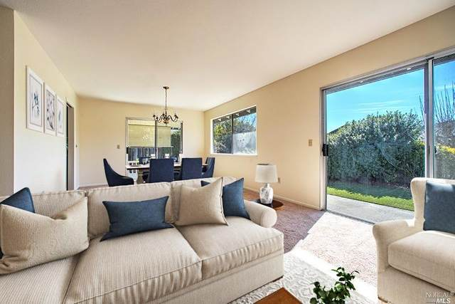 8945 Oakmont Drive, Santa Rosa, CA 95409 (#321008278) :: Hiraeth Homes