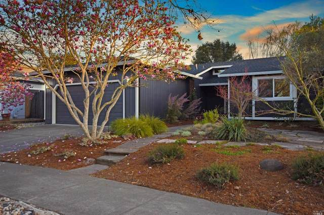 2418 Gads Hill Street, Santa Rosa, CA 95401 (#321009916) :: Corcoran Global Living