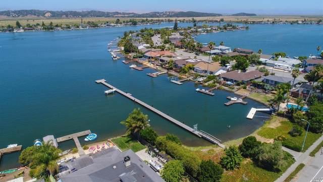 97 Caribe Isle, Novato, CA 94949 (#22034351) :: Corcoran Global Living