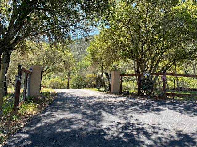 8349 West Dry Creek Road, Healdsburg, CA 95448 (#321018965) :: Rapisarda Real Estate