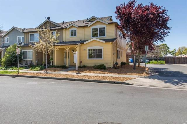 2365 Northcoast Street, Santa Rosa, CA 95403 (#321022578) :: Corcoran Global Living