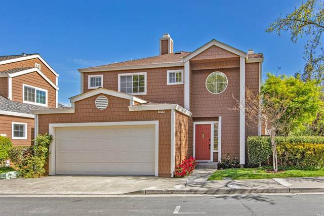 2645 Spring Oaks Drive, Santa Rosa, CA 95405 (#321024076) :: HomShip