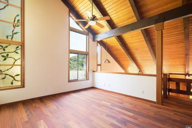 91 Black Log Road, Kentfield, CA 94904 (#321024652) :: Corcoran Global Living