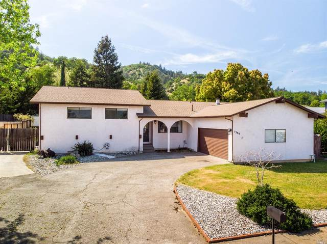 1380 Burgundy Drive, Ukiah, CA 95482 (#321025007) :: Intero Real Estate Services