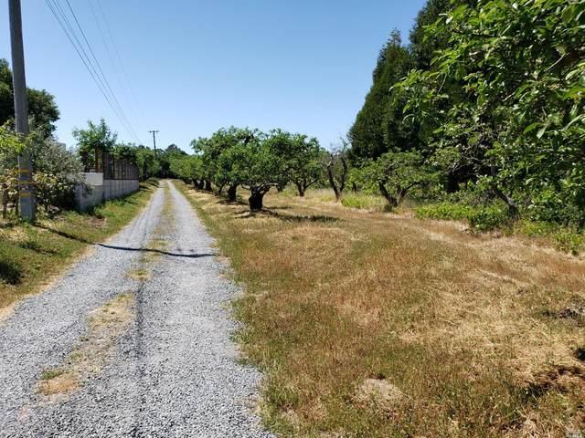 2580 Pleasant Hill Road, Sebastopol, CA 95472 (#321033615) :: RE/MAX GOLD