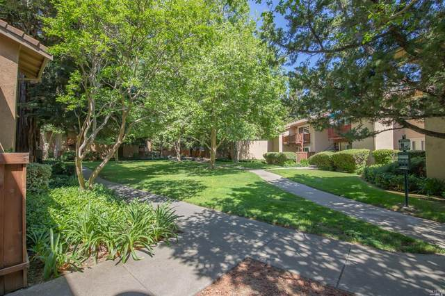 634 Arcadia Drive, Vacaville, CA 95687 (#321030461) :: The Abramowicz Group