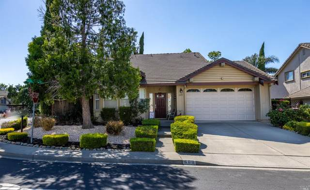 600 White Oak Lane, Vacaville, CA 95687 (#321034292) :: The Abramowicz Group