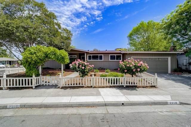 2210 Creekside Road, Santa Rosa, CA 95405 (#321021506) :: The Abramowicz Group