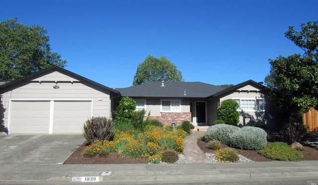 1839 Elm Drive, Santa Rosa, CA 95405 (#321033014) :: Lisa Perotti | Corcoran Global Living