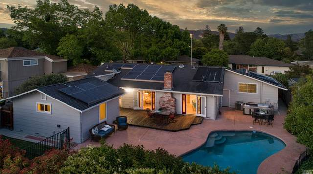 4020 Shadowhill Drive, Santa Rosa, CA 95404 (#321035929) :: Lisa Perotti | Corcoran Global Living