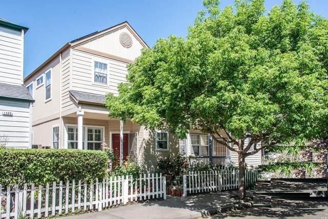 1415 Eardley Avenue, Santa Rosa, CA 95401 (#321036098) :: The Abramowicz Group
