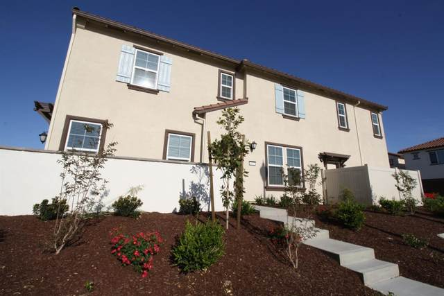 4001 Knots Street, Roseville, CA 95747 (#221050553) :: The Abramowicz Group