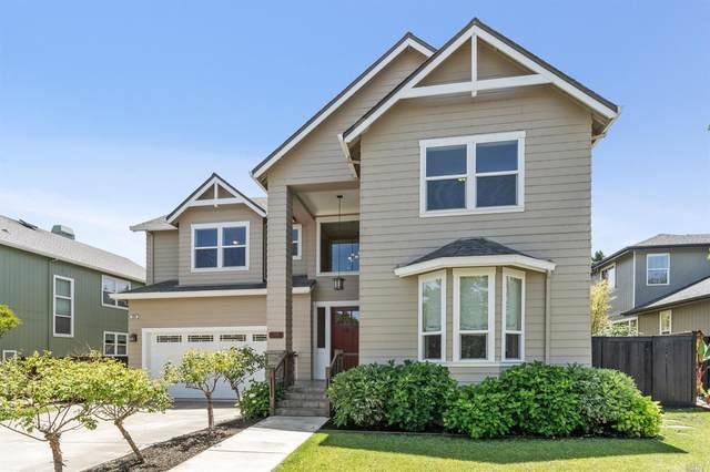 388 Maduro Street, Windsor, CA 95492 (#321050363) :: Rapisarda Real Estate