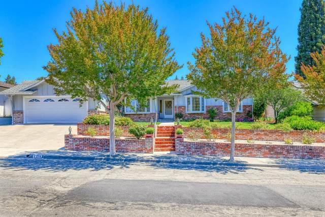 2214 Oak Hill Drive, Santa Rosa, CA 95404 (#321053875) :: RE/MAX GOLD