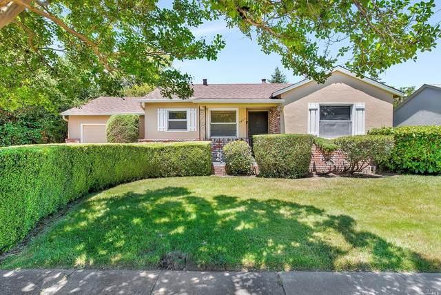 2623 Valley Center Drive, Santa Rosa, CA 95405 (#321055295) :: The Abramowicz Group