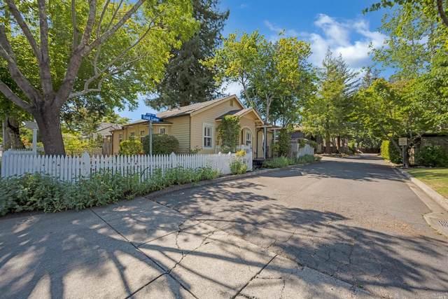 2066 Lone Oak Avenue, Napa, CA 94558 (#321055835) :: The Abramowicz Group