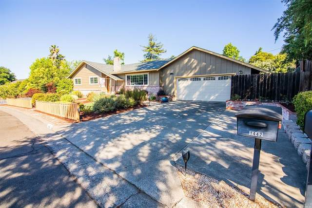 1425 Escalero Road, Santa Rosa, CA 95409 (#321056076) :: The Abramowicz Group