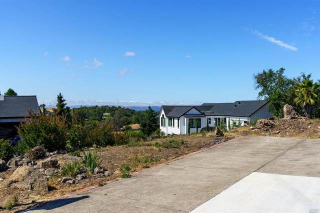 3713 Deauville Place, Santa Rosa, CA 95403 (#321049680) :: The Abramowicz Group