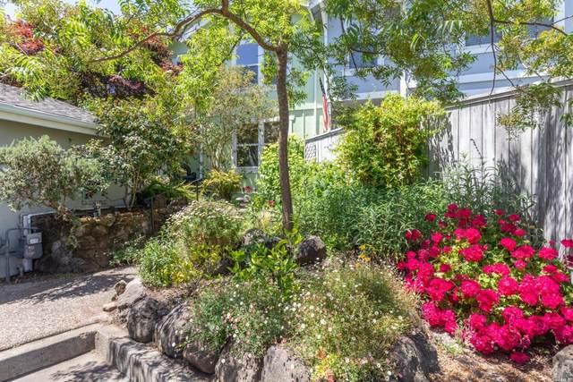 947 Pepperwood Lane, Petaluma, CA 94952 (#321051345) :: Team O'Brien Real Estate