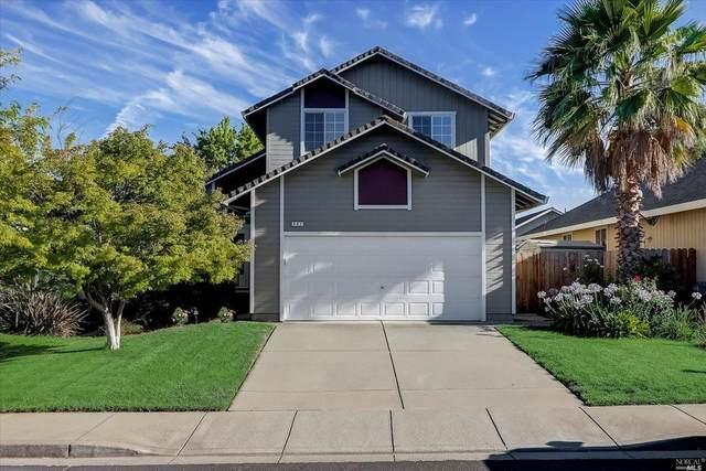 402 Samantha Place, Vacaville, CA 95687 (#321063624) :: Golden Gate Sotheby's International Realty