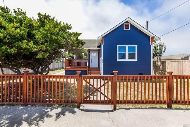 125 Livingston Street, Fort Bragg, CA 95437 (#321063868) :: Golden Gate Sotheby's International Realty