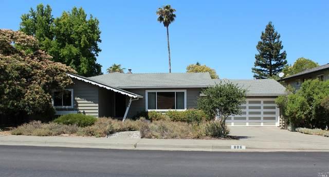 806 Middlefield Drive, Petaluma, CA 94952 (#321063995) :: Golden Gate Sotheby's International Realty