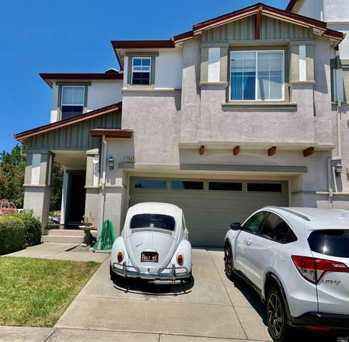 2563 Edgewater Drive, Santa Rosa, CA 95407 (#321064839) :: Golden Gate Sotheby's International Realty