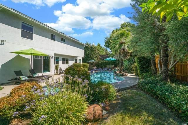 472 Stonewood Drive, Vacaville, CA 95687 (#321065710) :: Corcoran Global Living