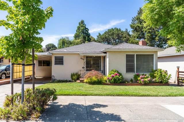 866 6 Street, Petaluma, CA 94952 (#321066956) :: Lisa Perotti | Corcoran Global Living